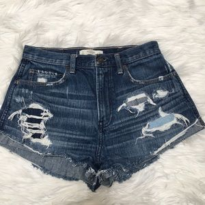 Abercrombie & Fitch Right Rise Mom Jeans Shorts